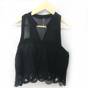 Free People Cropped Lace Detail Top Size Small